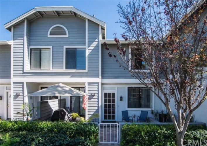 263   Huntington   , Irvine, CA 92620
