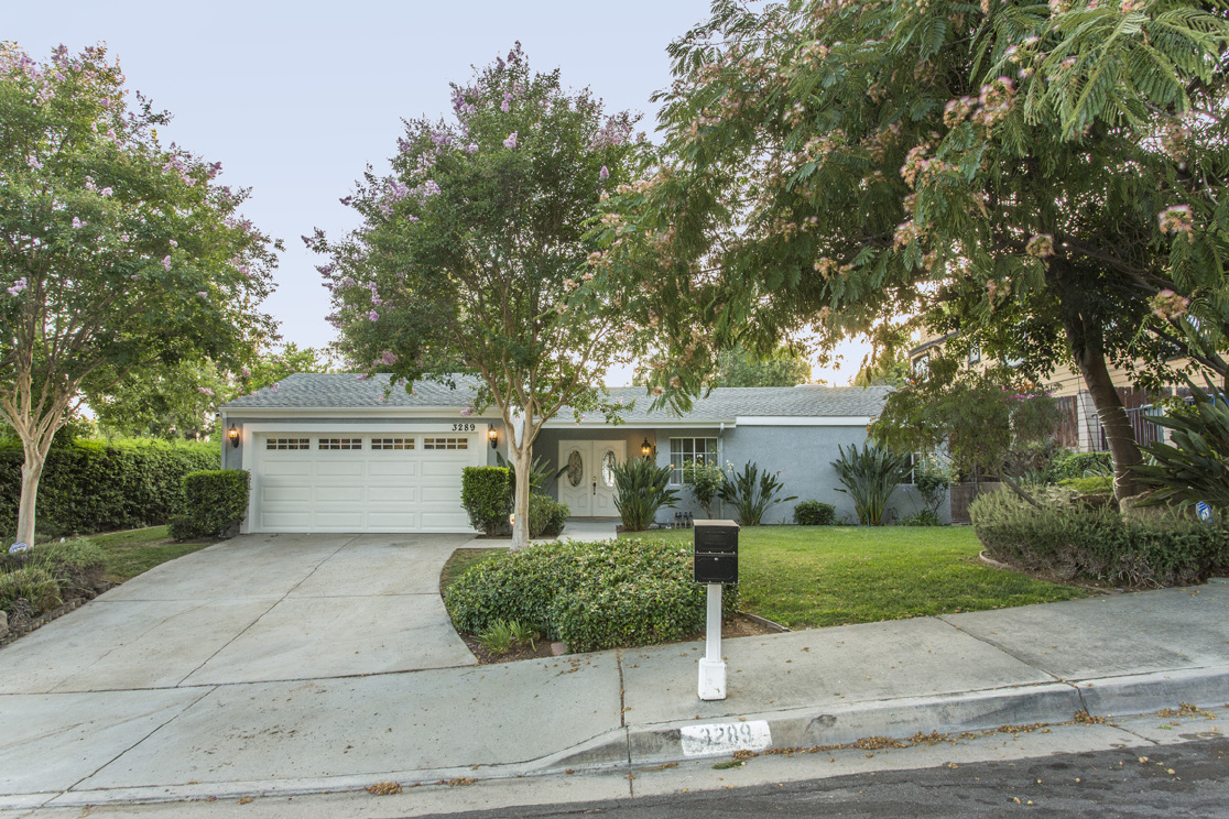 3289 Highcliff Road, Riverside CA: