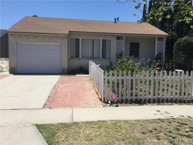 4985 Montair Avenue, Lakewood, CA 90712
