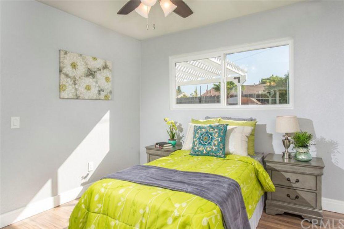 1707 Longview Drive, Corona CA: