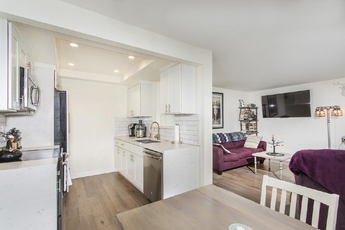 646 Bridgeport Circle, Fullerton CA: