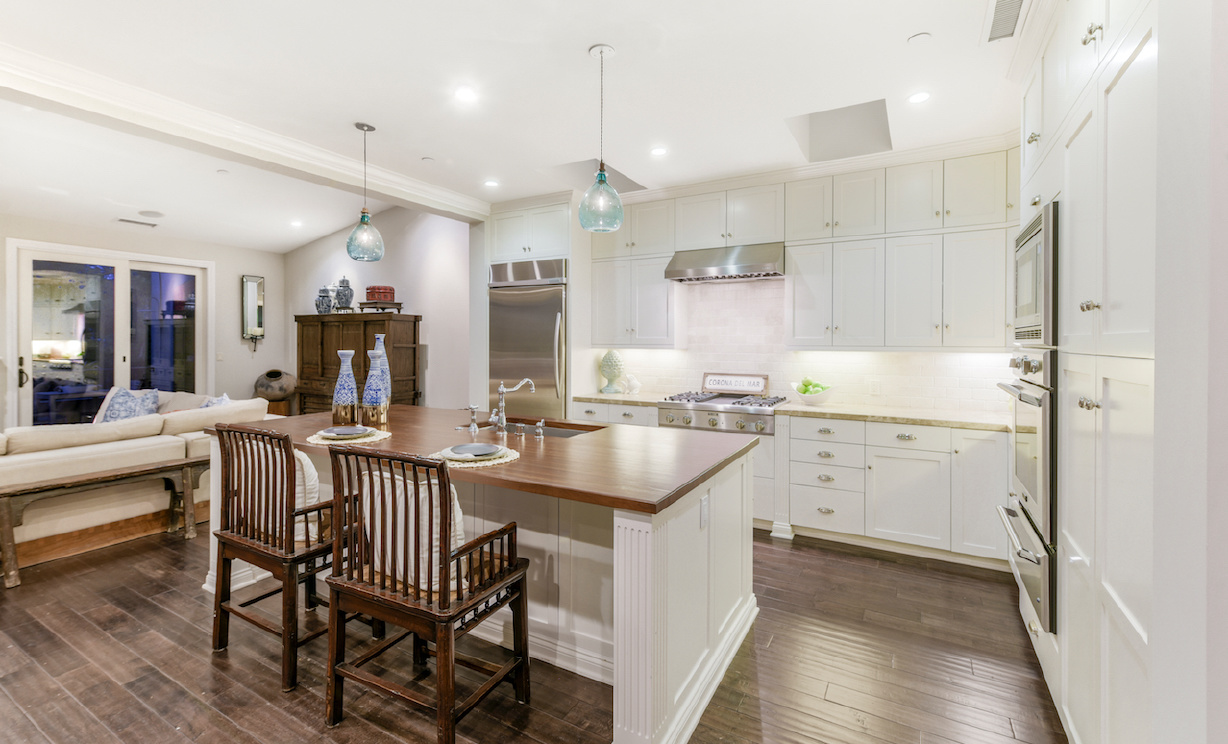 446 Morning Canyon Road, Corona del Mar CA: