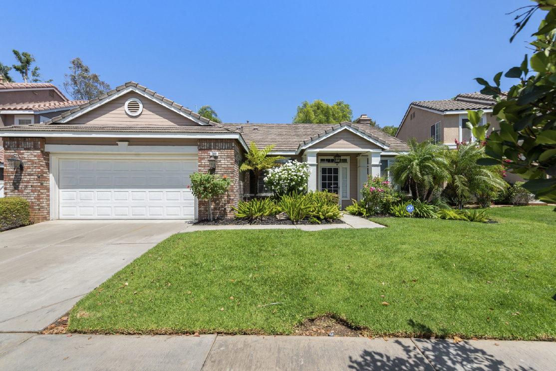 761 Bonanza Circle, Corona CA: