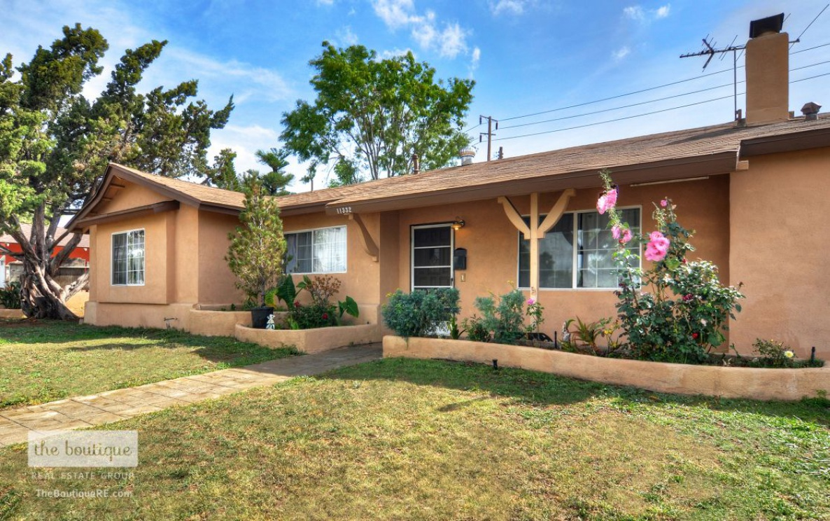 11332 South Colbow Street , Orange CA: