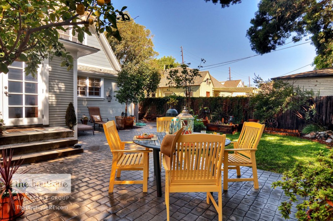 2401 Santiago Street , Santa Ana CA:
